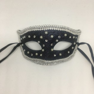 """Карнавальная маска """"Морозные капли в серебре"""""""
